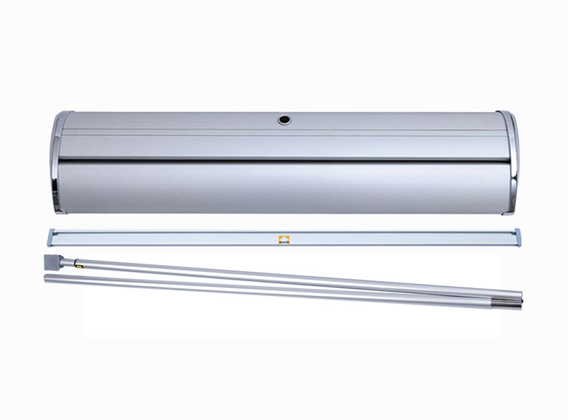 "Deluxe Retractable 33""x81"" (hardware)"